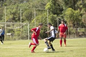 football-742576_640